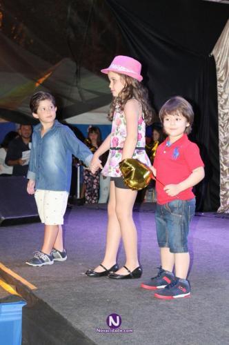 4-desfile-festa-nacoes-orlandia