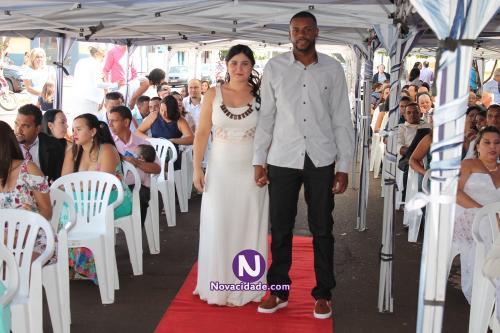 Danilo Messias Barbosa e Elizabeth Teodoro Silva-casamento