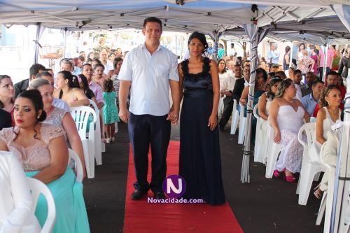 Jerri Adriano Santos e Maria Dolores VEnega-casamento