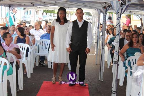 Marcelo dos Santos e Adriele Cristina Benedito-casamento